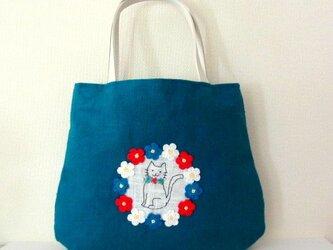 スラブリネン お花と猫の手提げバッグ*ターコイズブルーの画像
