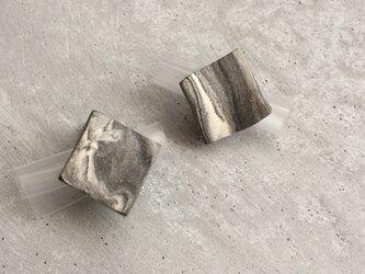 no/55 月カケ 陶器イヤリングの画像