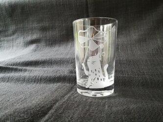 小さなグラス  おむかえの画像