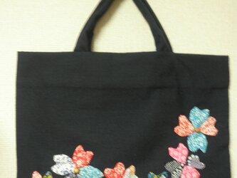 洋の花&和布のレッスンバッグの画像