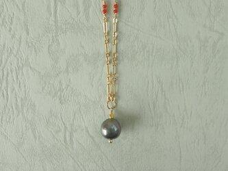 黒蝶真珠のネックレスの画像