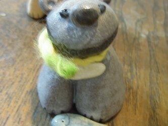 クマの置き物 陶器の画像