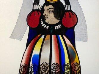 ステンドグラスのぶら下がり女王・ネイビーリボンの画像