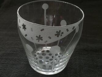 グラス 水たま跳ねるの画像