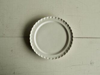 輪花皿 M   白マット釉の画像