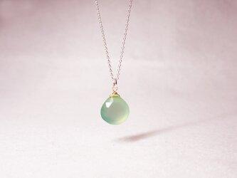 ライトグリーンカルセドニー・マロンカットのネックレス [送料無料]の画像