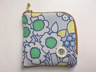 【送料無料】四角ポーチ  コインケース 白とグリーンの花の画像
