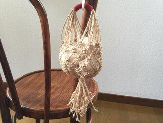 マクラメ編みのにんにくストッカー(M) / 手芸用麻糸で♪の画像