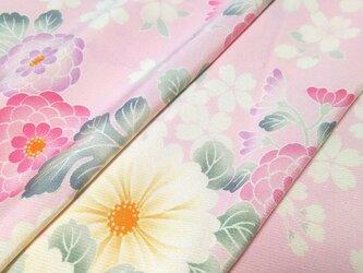 正絹 着物地 はぎれ【花模様】ピンク 50cmの画像
