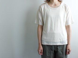 タンクトップ付き リネンTシャツ/kinariの画像