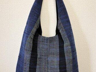 裂き織り ショルダーバッグ ワンハンドル(青系ストライプ)の画像