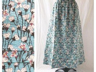 優しいリップルのAラインスカート:85㎝(揺れる花:ブルー)の画像