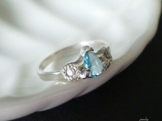 Antique silver Ring - blue topazの画像