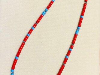 赤と青のガラスビーズロングネックレス の画像