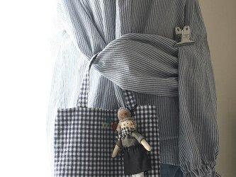 お人形付きBAG(ベージュ帽子)の画像