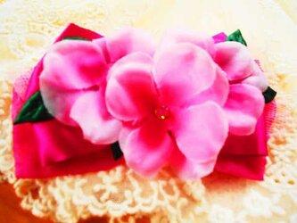 ピンクのお花 コサージュの画像