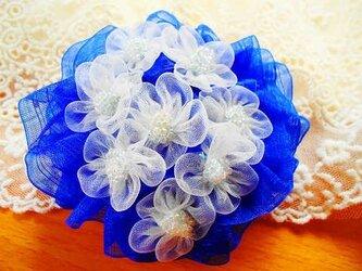 紫陽花の花 ブルーのコサージュの画像