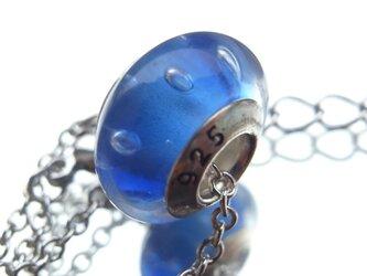 ネックレス ラムネソーダのような泡入りガラスビーズ 青の画像