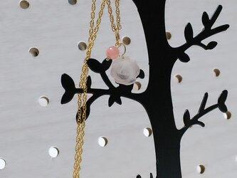 14kgf★ふんわりバラのローズクオーツとインカローズのネックレスの画像