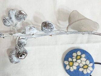 ボタニカルゴム(白い花)の画像