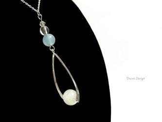 翡翠 ネックレス 白 水色 5月誕生石 大粒 レア 天然石 ☆ ダイナデザイン ☆ シルバー 925の画像