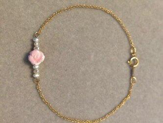 【yuki様専用】The Rose Garden / Queen Conch Shellブレスレットの画像