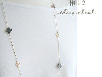 送料無料◆clover  shell flower ロングネックレス* ネックレスの画像