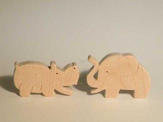 木のパズル 象とカバのコンビの画像