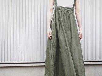 ギャザーコットンのサロペットスカート カーキ  No.64-04の画像