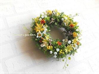 野に咲く春色小花のリース(fw123)*玄関ドアなど外にも飾れるアーティフィシャルリースの画像