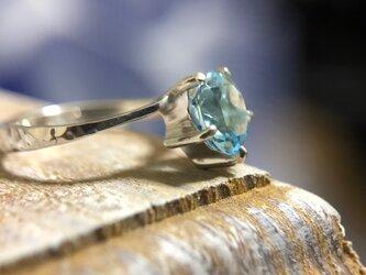 "Blue Ocean & Star Ring ""真っ青な大海原を連想させるブルートパーズのリング""の画像"