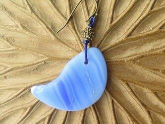 アンティーク icco ウェディングビーズ 青マーブル + 真鍮 ピアス&イヤリング 百世 momotose(西)の画像