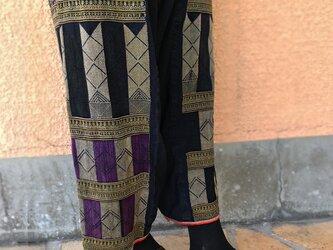 M~LLサイズ、手織り藍染ヘンプのワイドパンツ、ヤオ刺繍付き、オールシーズンの画像