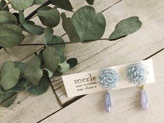 2wayシュワシュワ小花のチタンピアス(ブルーグレー)の画像