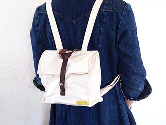 倉敷帆布×本革、四角いランチバッグリュックの画像