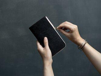 革の財布L ブライドル チョコの画像