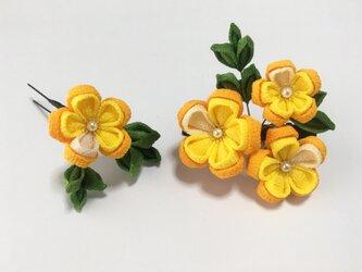 《川沿い》お花の髪飾り【2点セット】の画像