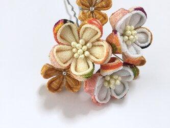 《レトロ》お花のかんざしの画像