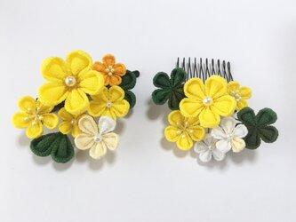 《散歩》お花の髪飾り【2点セット】の画像