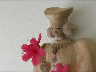 Prayer Statue・花を飾ろうの画像