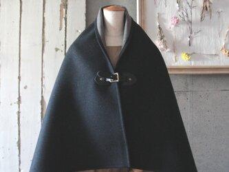 二重織りポンチョ ブラックxグレー BKレザー 牛ヌメ革 和装にも^^ の画像
