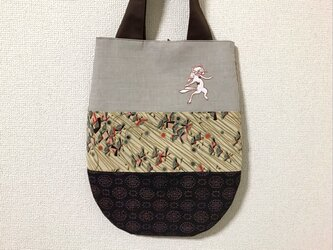 手刺繍浮世絵バッグ*歌川国芳「荷宝蔵壁のむだ書」の猫又の画像