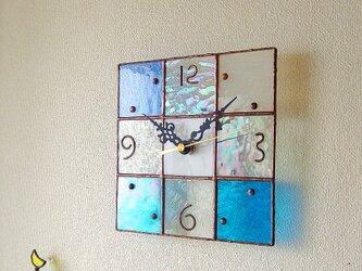 【18㎝×18㎝】ステンドグラス*掛時計・モザイク(水色)の画像