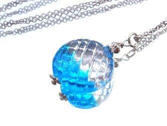 ネックレス ブルーとクリアガラスの画像