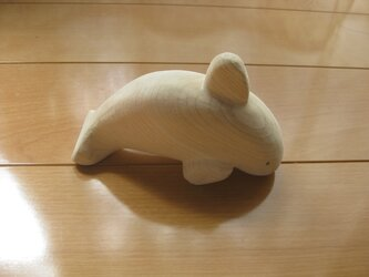 木製動物おもちゃ(彫刻)イルカの画像
