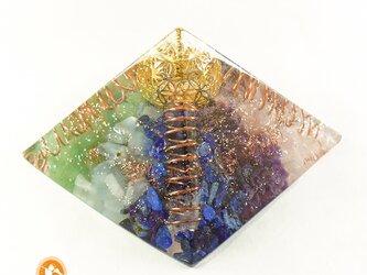 [受注制作]創造のピラミッド フラワーオブライフ オルゴナイト 黄金比の画像