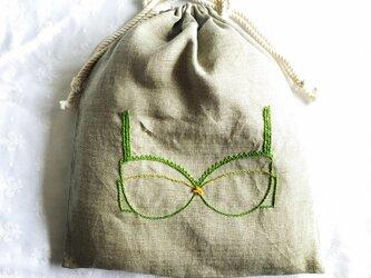 ブラ刺繍の巾着(グリーン)の画像