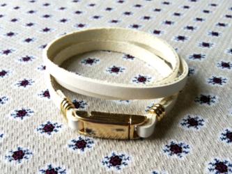 高級本革ブレスレット3巻き マグネット式留め具 ゴールドの画像