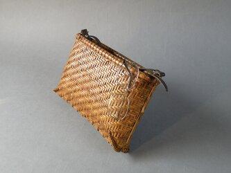 竹籠バッグ かごバッグ 網代編み 煤竹 ショルダーバッグの画像