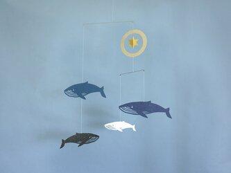 モビール「クジラ」その1の画像